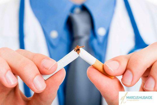 cirurgia-plastica-cigarro